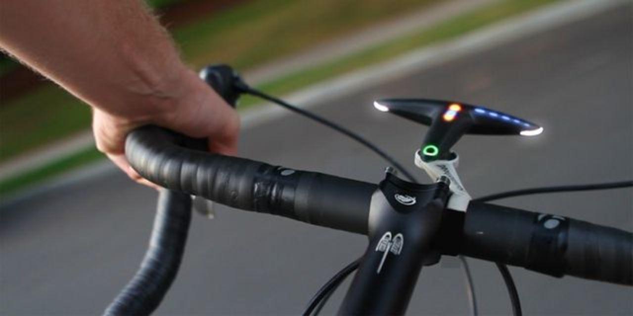 LEDライトで道順案内。自転車用ナビゲーション「Hammerhead」(動画あり)