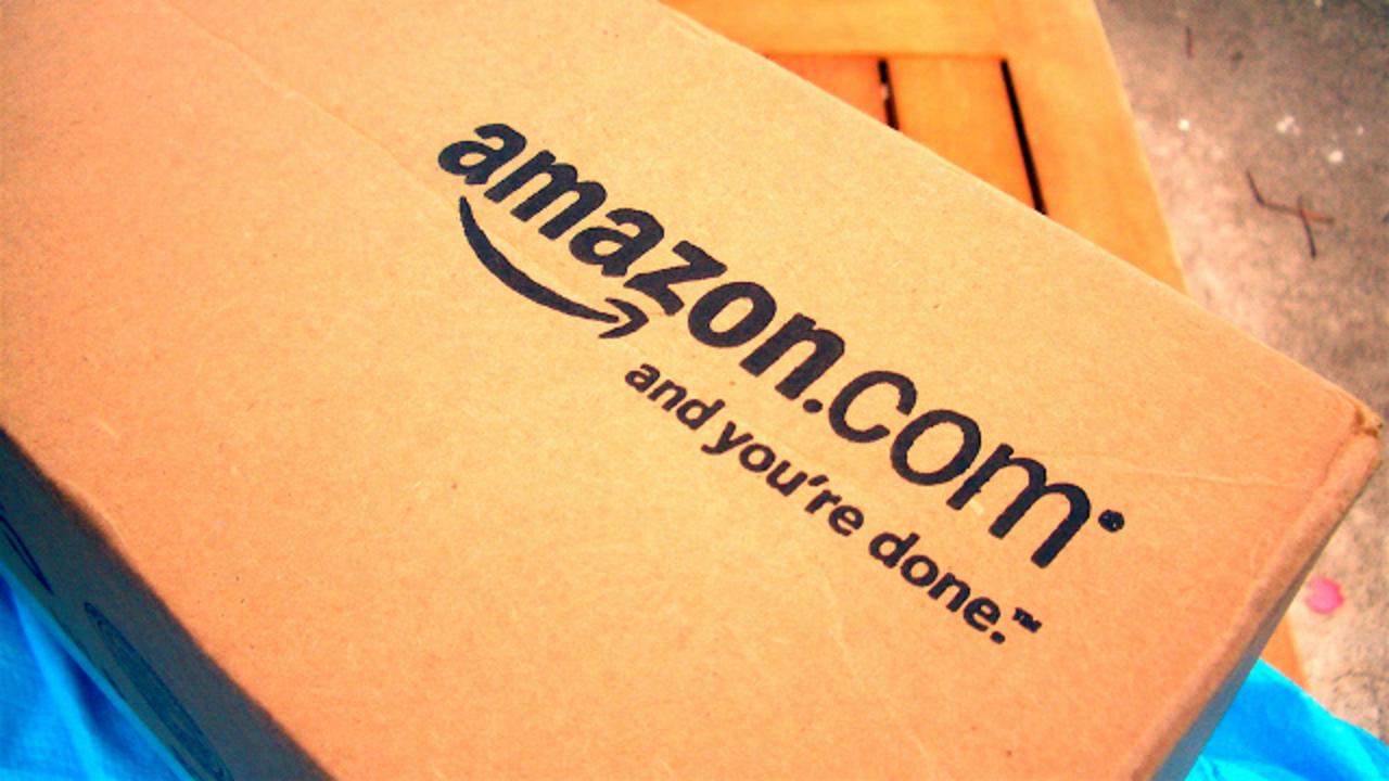 Amazonから無料のスマホが登場!? と喜んだのも束の間、すぐ否定されてしまいました…。