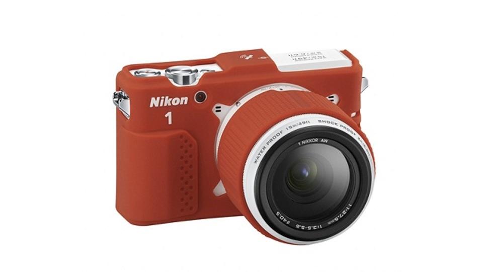 世界初の防水・耐衝撃ミラーレス一眼「Nikon 1 AW1」が魅力的!(ギャラリーあり)