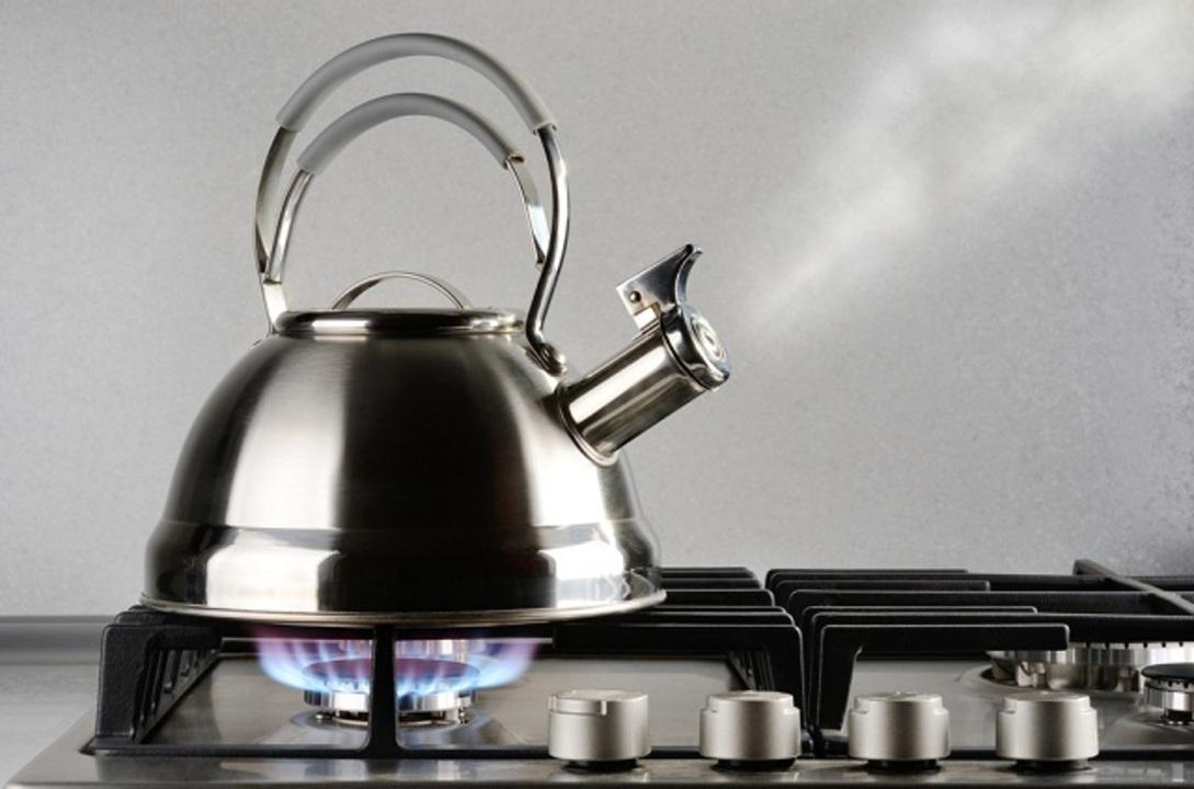 100年間も謎だった! ヤカンでお湯を沸かした時のピー音の仕組みが解明されました