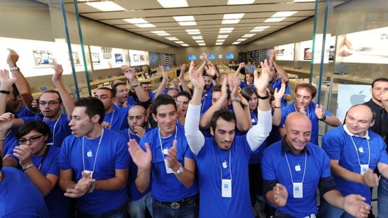 あるアップルストア店員の目からみた「iPhone発売日」