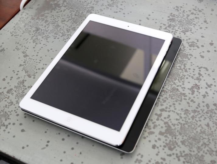 iPad Airと第4世代iPadとNexus 10の、サイズと重さを比較してみた!