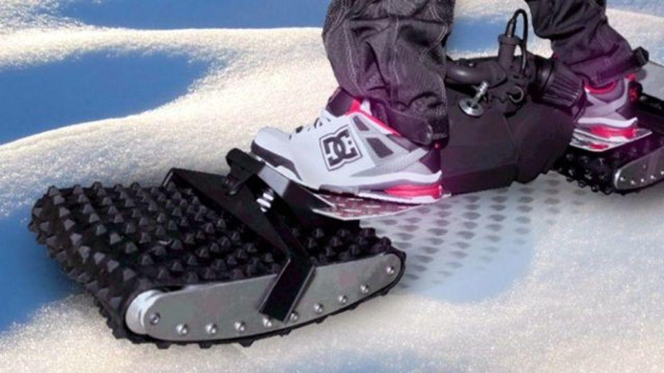 キャタピラ付きスケートボードでどんな場所でもスイスイ走行(動画あり)