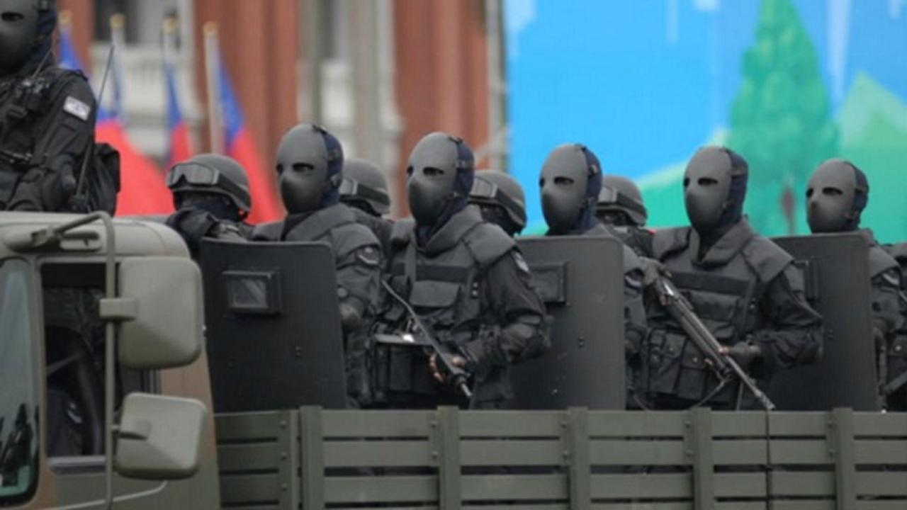 子供も大人も泣いちゃうよ~。台湾特殊部隊のホラーすぎるユニフォーム。