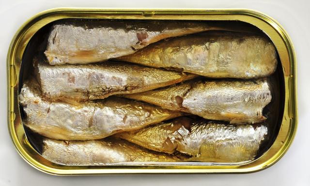 131125Scarsity_sardines.jpg