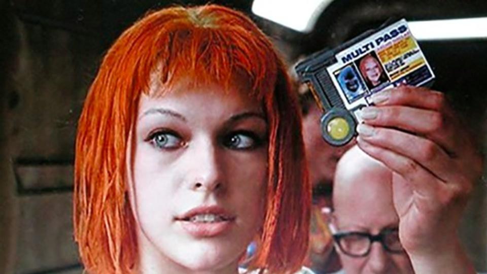 外出にはこれ1つで... 映画『フィフス・エレメント』調のハイテク交通チケット、イギリスで試験導入へ