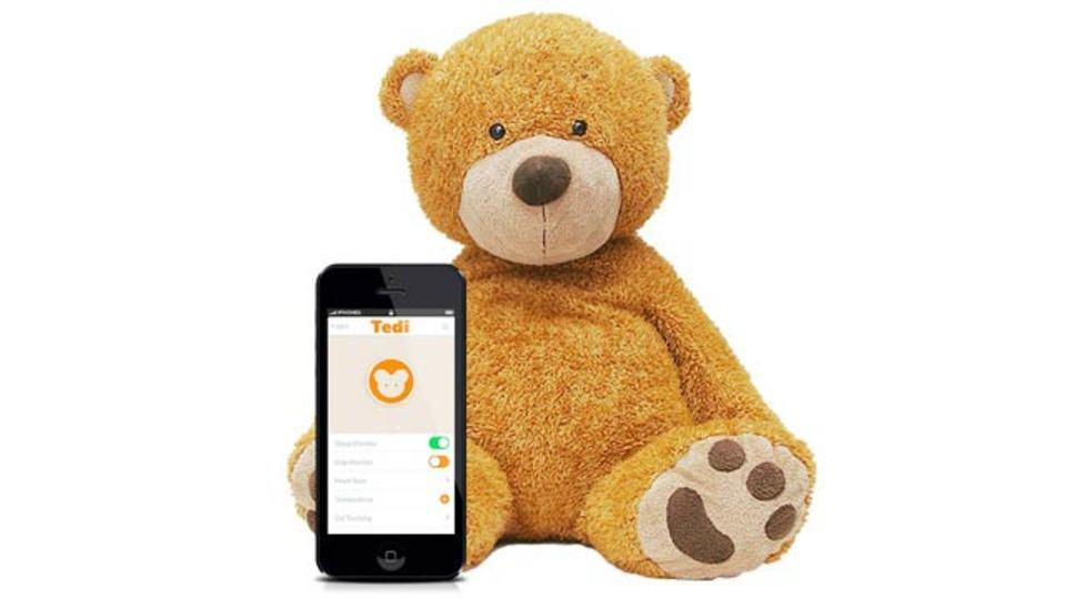 いつも一緒のクマさん人形、センサー内蔵アプリ対応で本気で赤ちゃんを見守る
