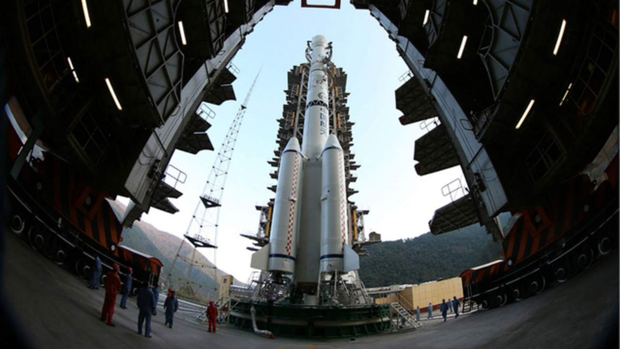 中国、月に進出。探査ロケット「嫦娥3号」打ち上げ成功