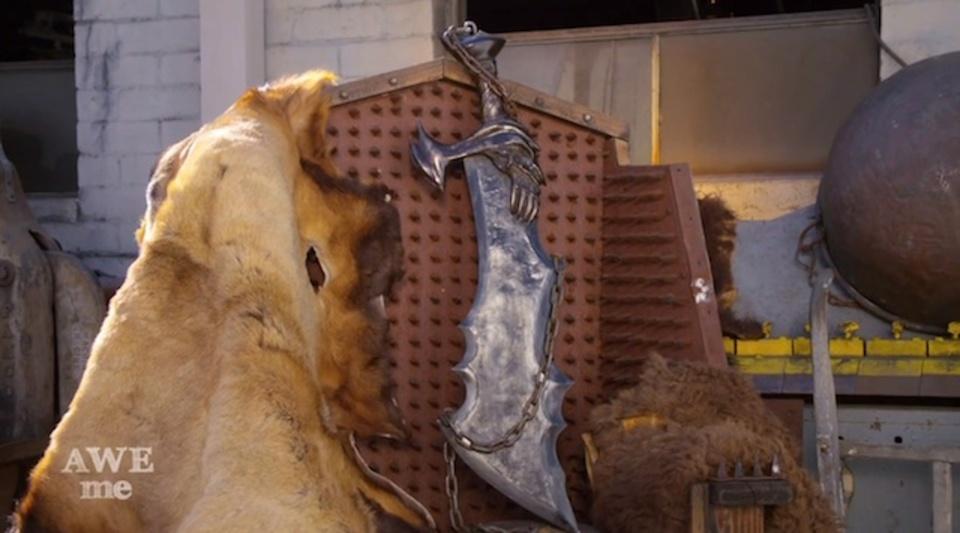 『ゴッド・オブ・ウォー』クレイトスさんの「ブレイズオブカオス」を作って、ぶった切ってみた