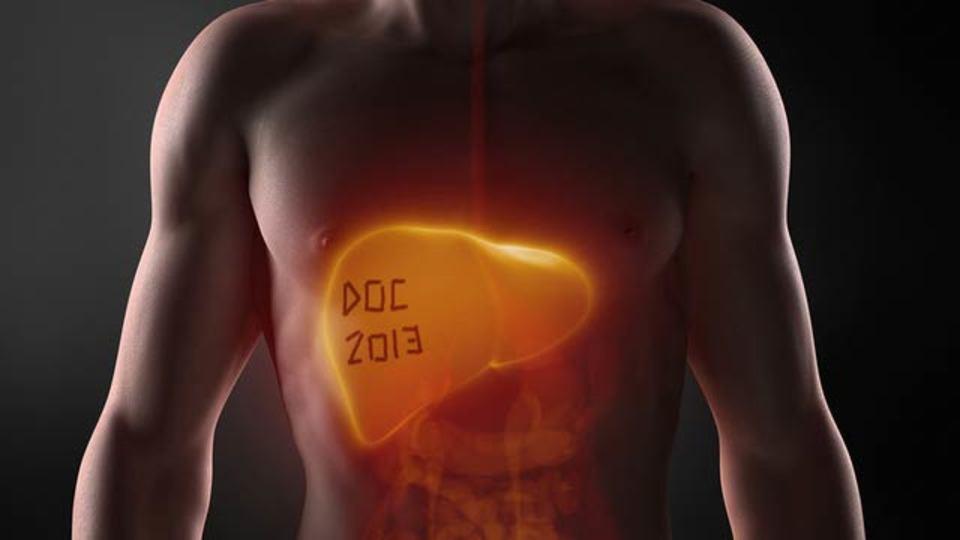 手術した患者の肝臓に医者がサイン「手術 by おれ」