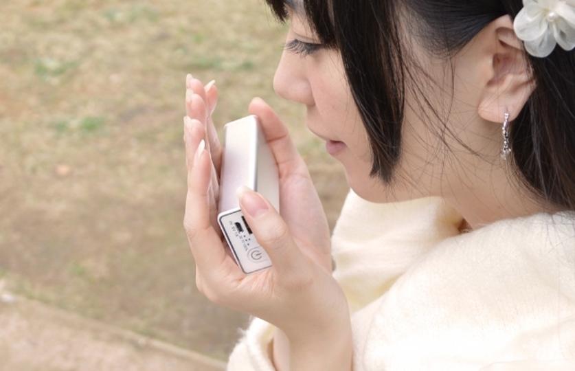 新種のキメラ「スマホを充電できるカイロ」誕生