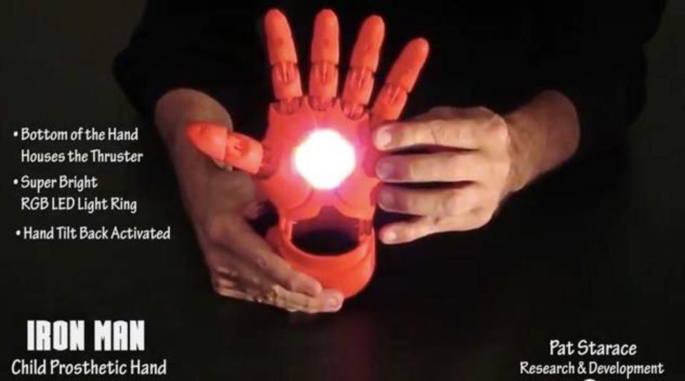 3Dプリンターで制作したアイアンマンの腕