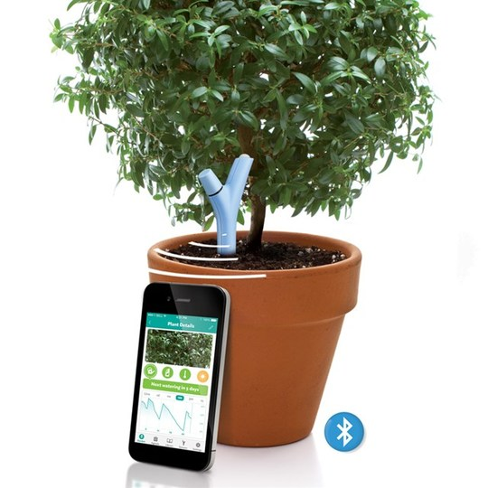 土の健康状態を教えてくれるBluetoothセンサー
