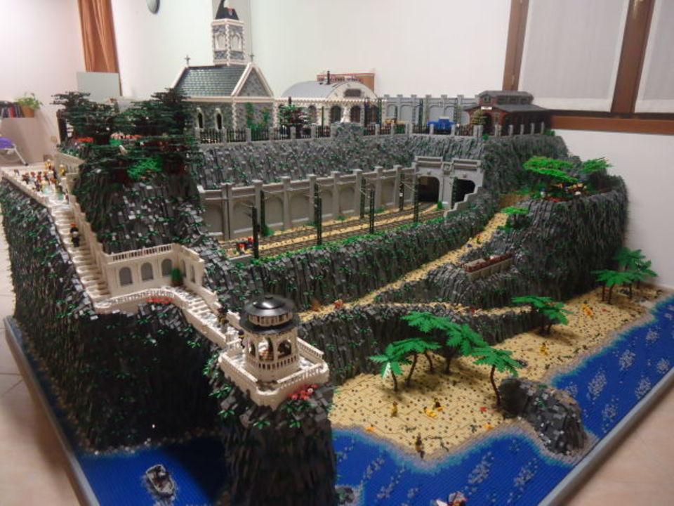 レゴの底力がわかる、巨大ジオラマ