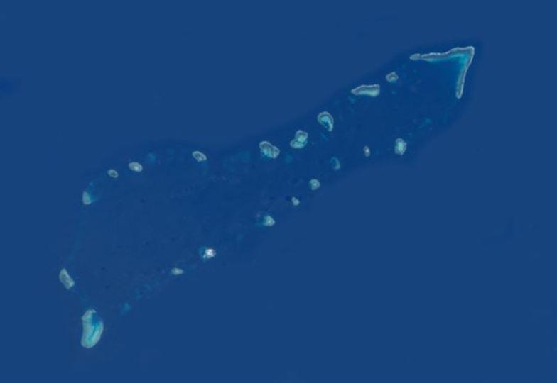 中国が大きな浮きドック投入の人工島が○○に見えると話題