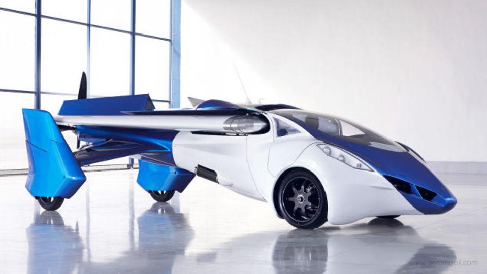 商用化も近い? トランスフォームする空飛ぶクルマ「AeroMobile 3.0」