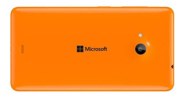 マイクロソフト初、ノキアじゃないWindows Phone「Lumia 535」