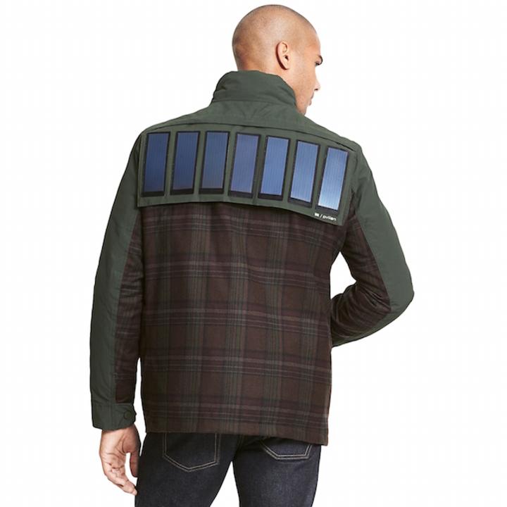 服から充電。トミー・ヒルフィガーからソーラーパネルジャケットが登場