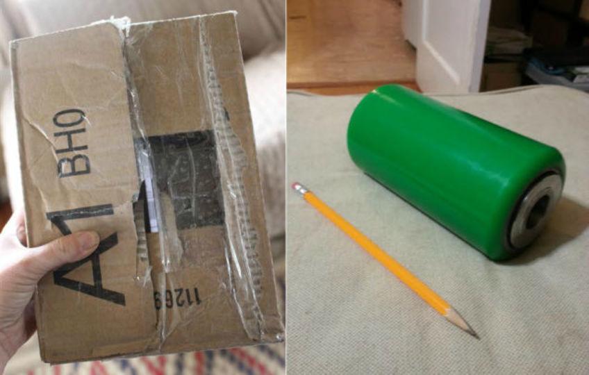 Amazonから届いた、この緑の筒は何?
