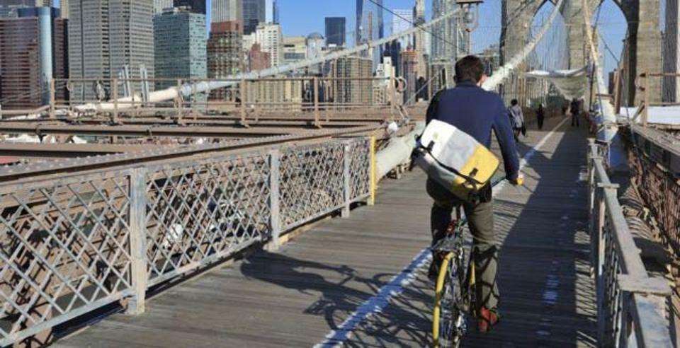 アマゾン、初心に戻って自転車配達をテスト