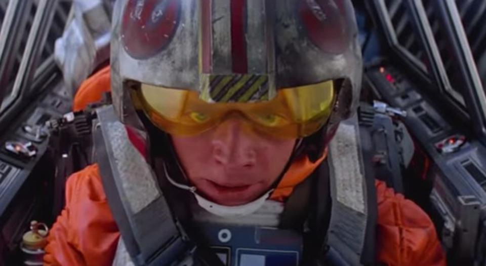 「スター・ウォーズ エピソード7」の予告編を旧作で再現した動画
