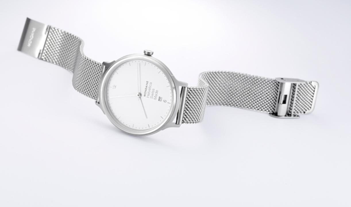 Helveticaのデザインを踏襲した、スイス愛溢れるMONDAINEの時計が発売