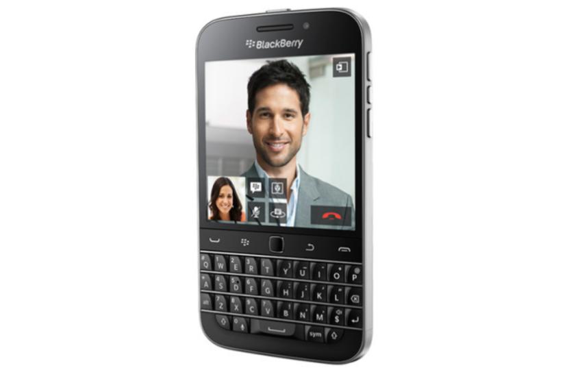 原点回帰。BlackBerryがキーボード搭載モデルを新発売