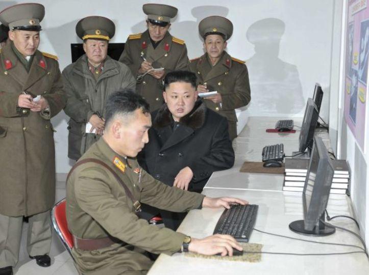 仕事で大変? いやいや、北朝鮮のストレスフルな仕事はレベルが違うよ