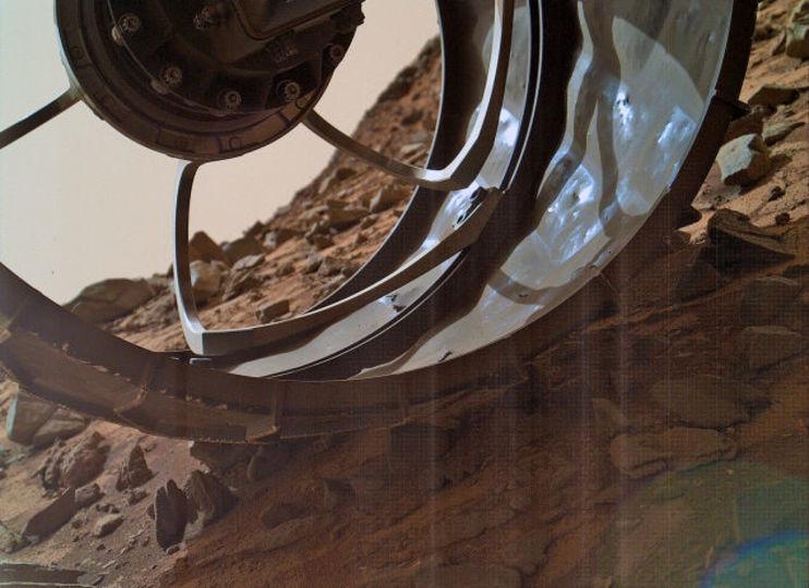 NASA火星探査機がカッコイイ火星の写真を送ってきた!