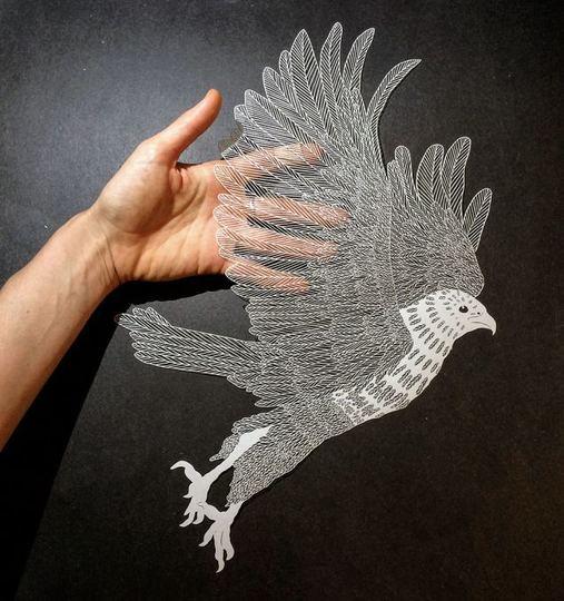 紙とナイフだけで作られる超繊細なイラストレーション