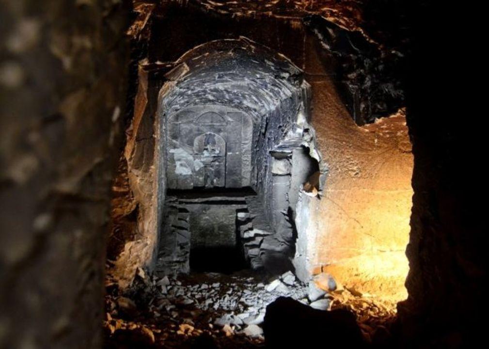 古代神話のオシリスの墓、発見