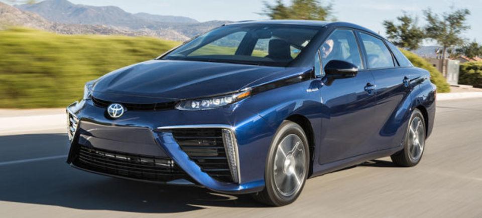 トヨタ、レクサスにも燃料電池車「MIRAI」のラインナップを拡大?