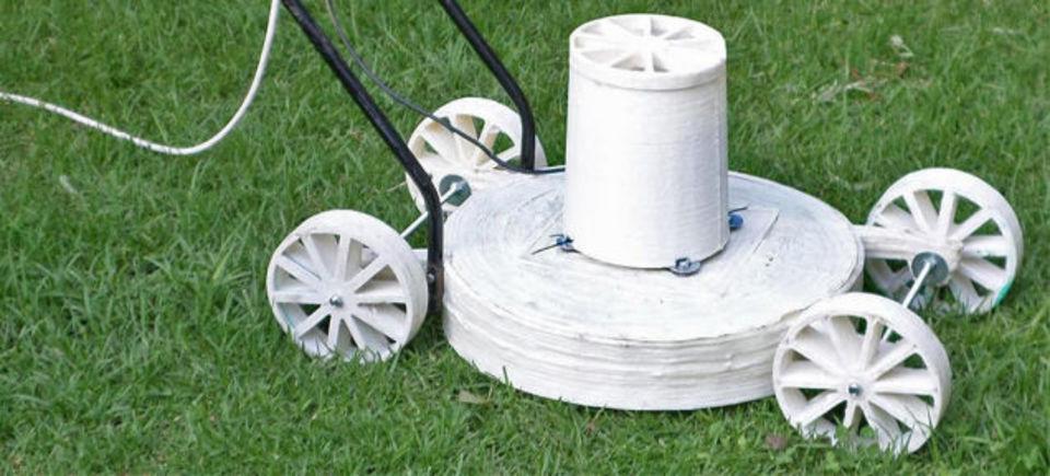 3Dプリンタでハンドメイド芝刈り機を作ってみた