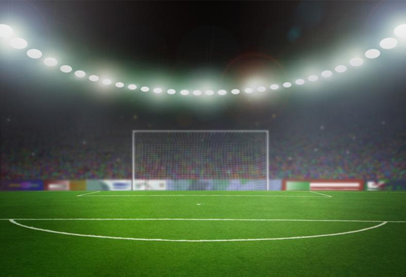 英サッカー、トッテナムとアーセナルが球場でのセルカ棒使用を禁止