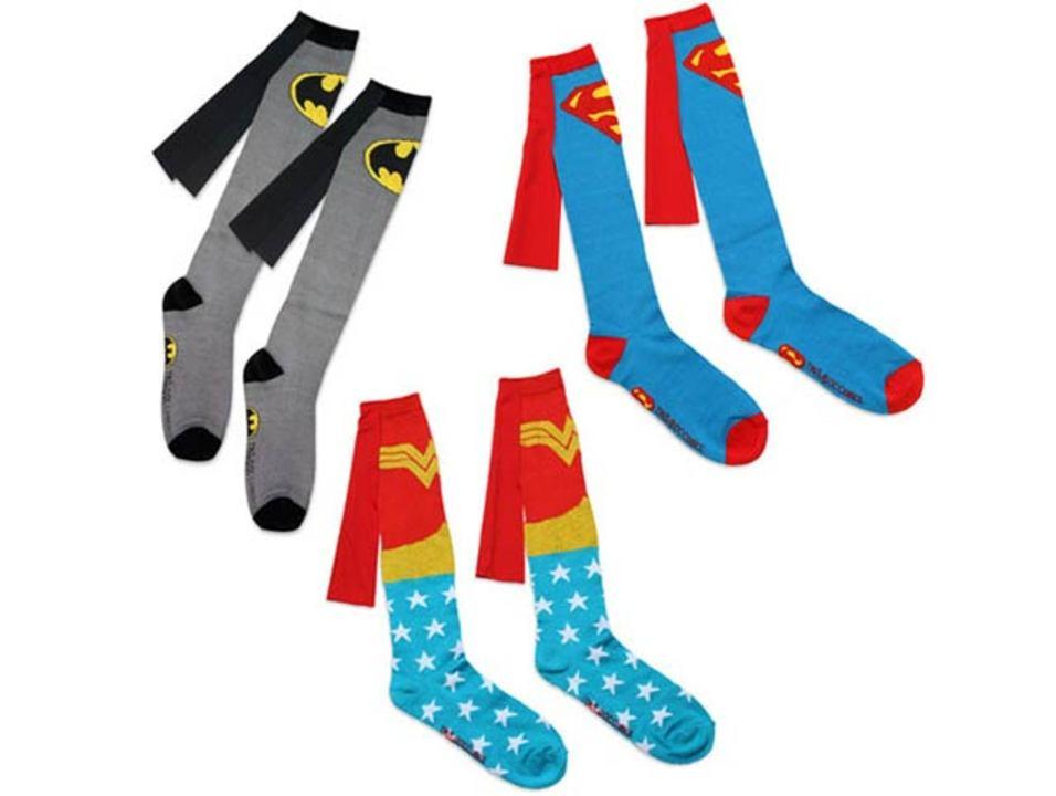 スーパーヒーローに欠かせないマントがついた、ヒーロー靴下