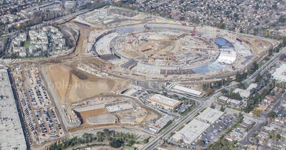 アップル新社屋、絶賛建設中。新画像公開
