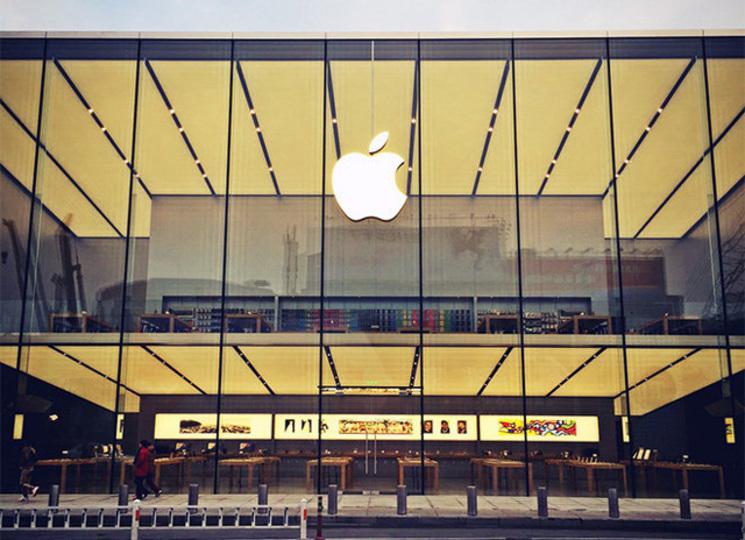 アップル新社屋設計の「Foster + Partners」によるApple Storeが続々登場