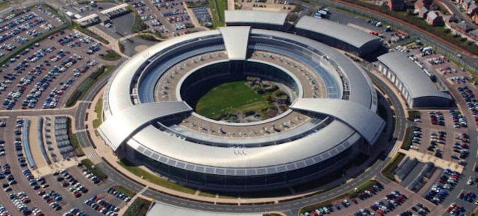 英スパイ機関、世界中でメディア関係者の電子メールを傍受