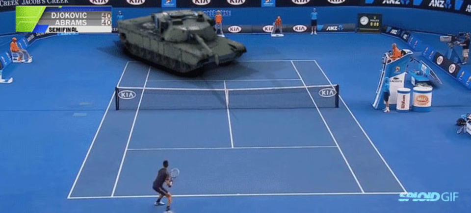 VFX戦車でもダメなのか、ジョコビッチの必殺クロスカウンターの行方
