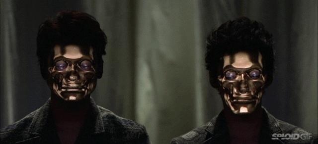 怖いくらいリアルな3D顔面プロジェクションマッピング
