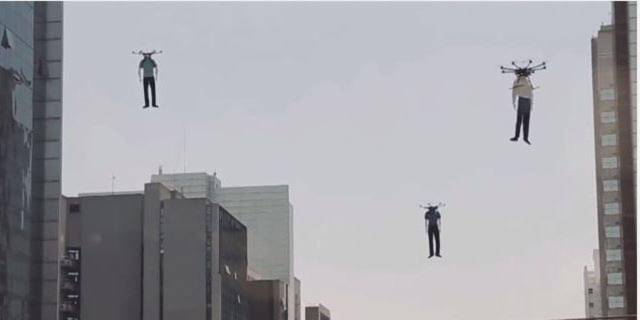 ブラジルのマネキンはドローンで空を飛ぶ