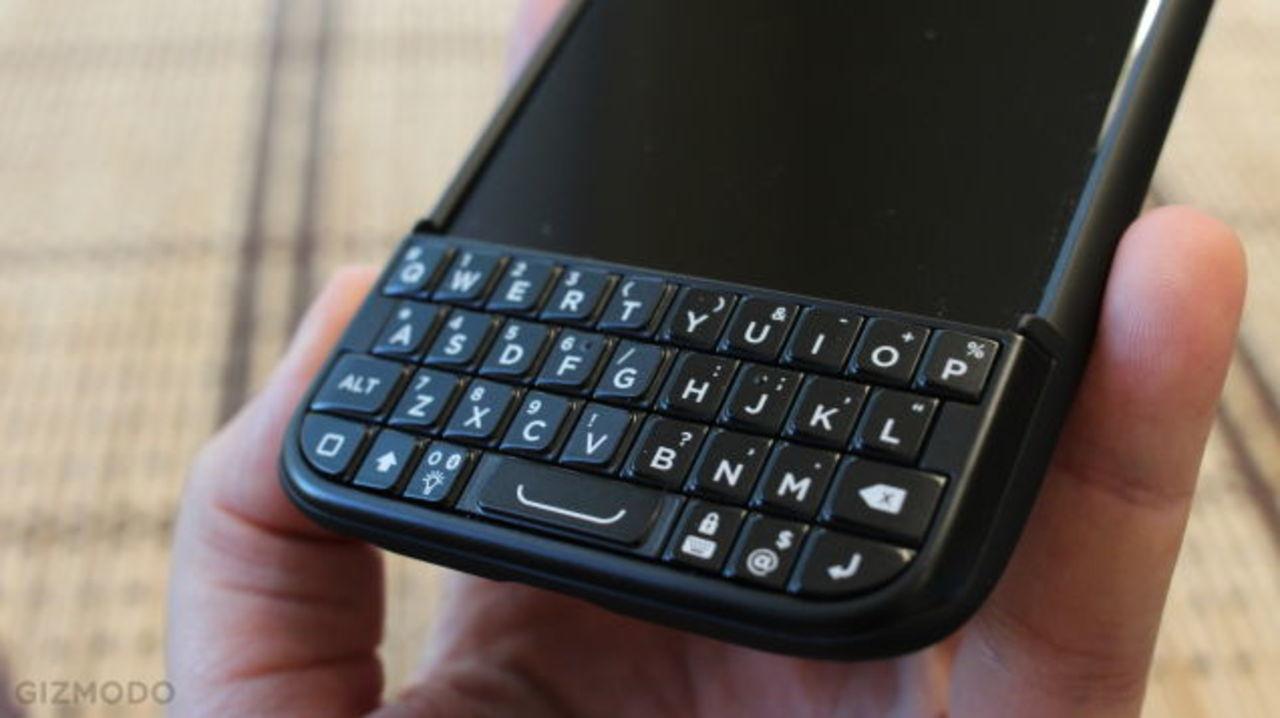 初代を提訴したBlackBerry、今度は改良版のTypo2を提訴する