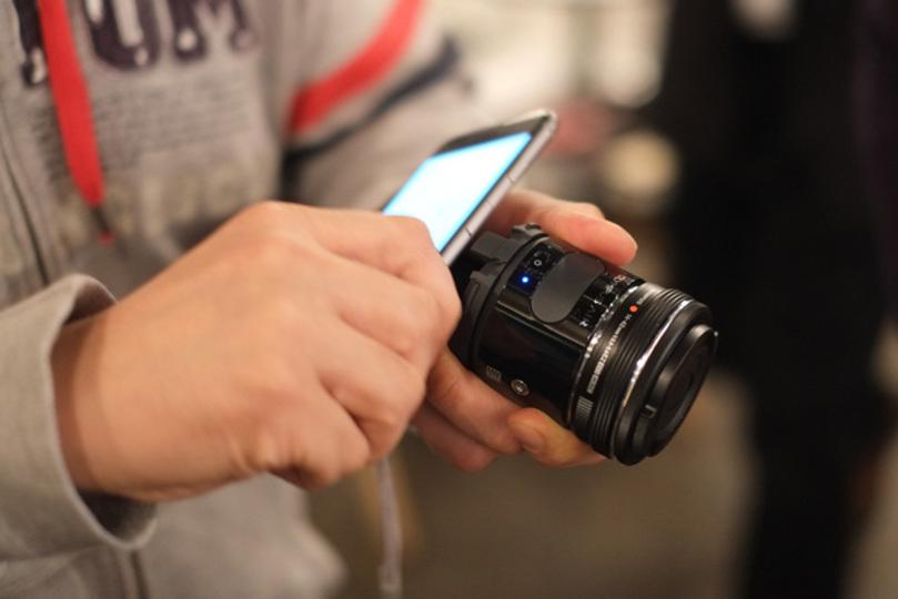 撮影だけではなく開発も楽しめるデジカメ「OLYMPUS AIR」レビュー