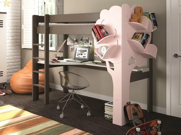 150301adorable-kids-bookcase-02.jpg