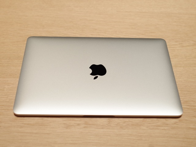 150310apple_handson_in_japan_macbook06.jpg