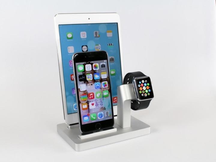 Apple WatchもiPhoneもiPadもどんと来いな無敵充電スタンド