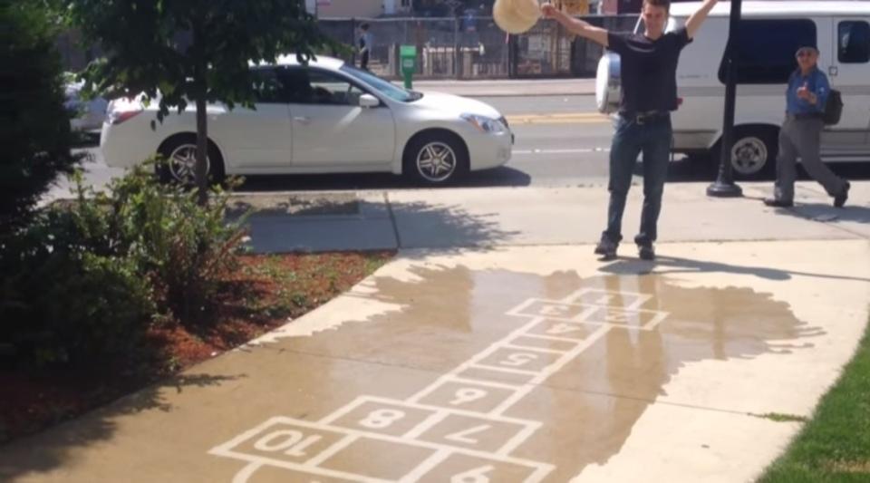 雨の日がウキウキしちゃう、疎水ストリートアート