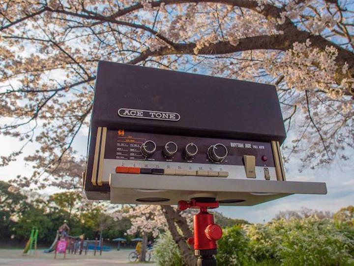 シンセ人たちは何を目指すのか? 「ナニワのシンセ界」日本初シンセ・ドキュメンタリー映画がDVD化