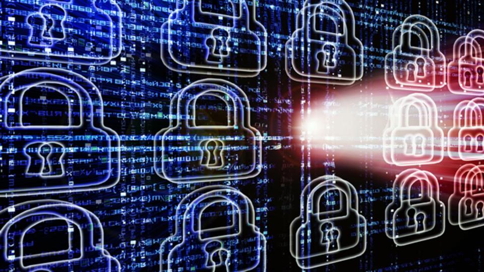 サイバー攻撃と24時間365日戦っている人たち
