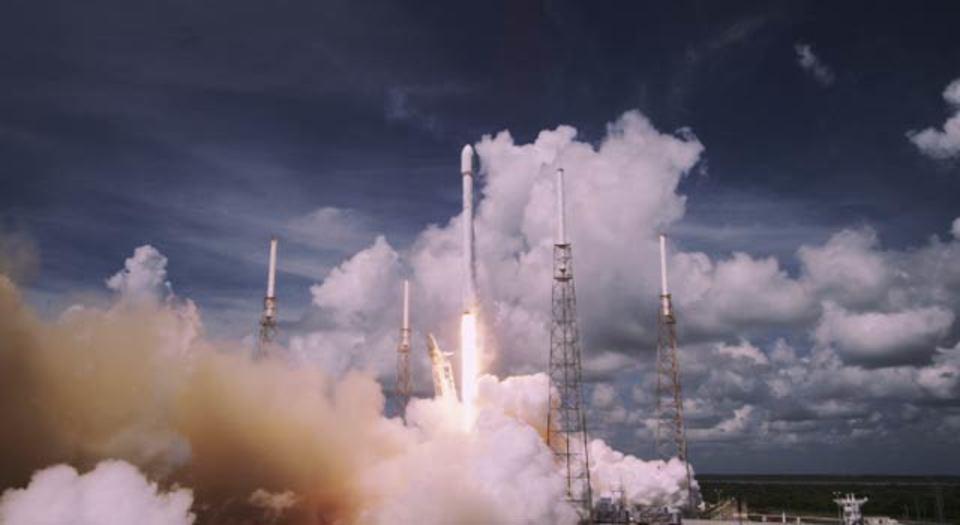 SpaceXからロケット打ち上げ4K動画が公開に